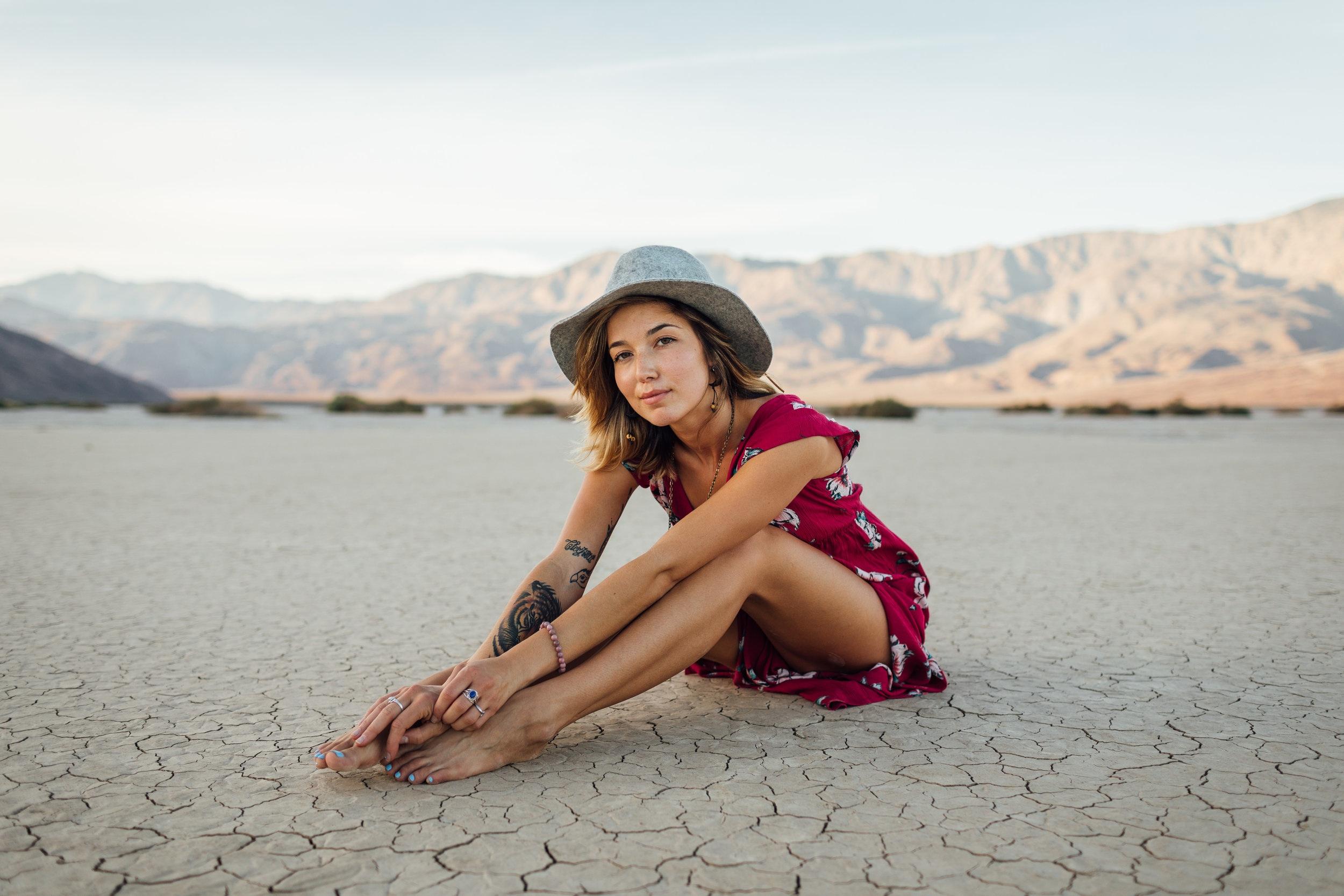 Traurigkeit und Freude in Balance – weibliche Emotionen