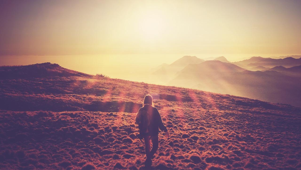 Zu viel Zeit für Spiritualität & Virtualität – verlieren wir den Bezug zu unserer Menschlichkeit?